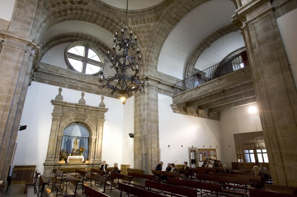 A 350m de la  Iglesia del Pilar